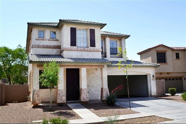 main picture of house for rent in gilbert az
